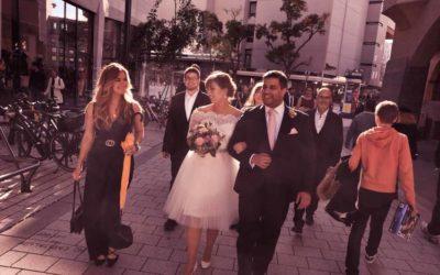 Standesamt Stuttgart Eberhardstraße – urban wedding – Hochzeitsfotograf Stuttgart –